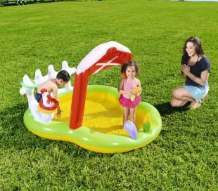 53065 Piscina play Center con juegos inflables modelo granja 175x147x102cm