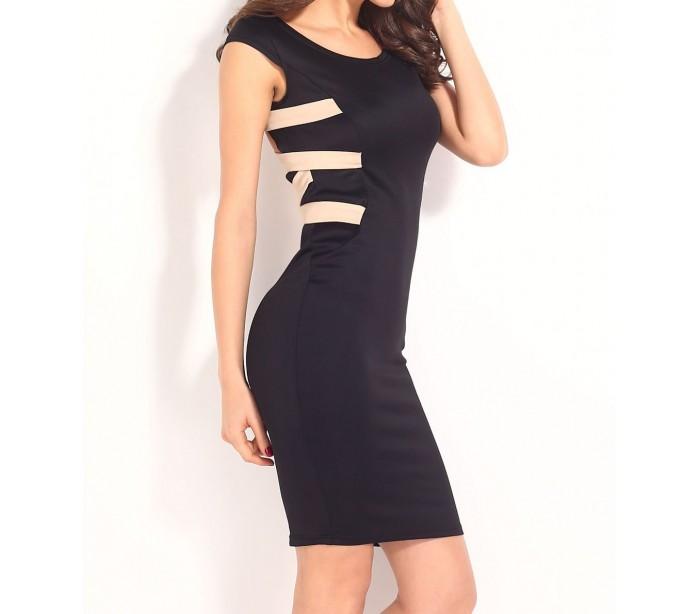 Culo negro en vestido ajustado