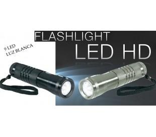 Linterna 9 LED luz blanca fría longitud 13CM/Ergonómico antirrobo y waterproof