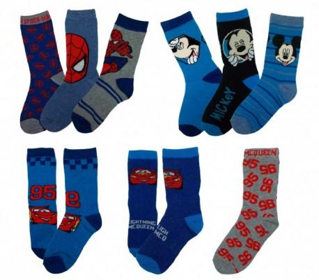 Pack 3 pares de calcetines DISNEY con varios estampados y personajes para niños